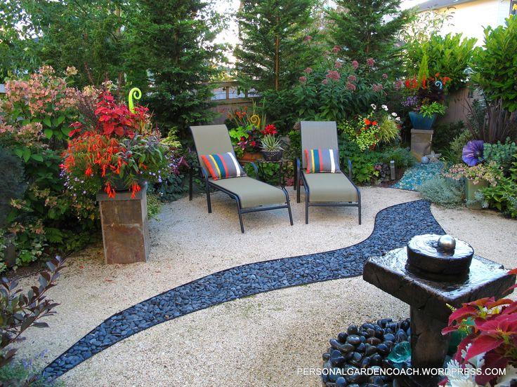 Love the streak of river rock through this decomposed granite patio