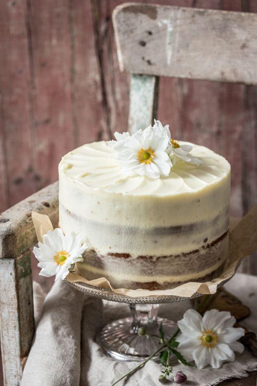 KLITZEKLEIN | Mein bestes Rezept für ein { klitzekleines Karottentörtchen mit Cream-Cheese-Frosting } – An die Gabeln, fertig, los! | http://www.klitzekleinesblog.de