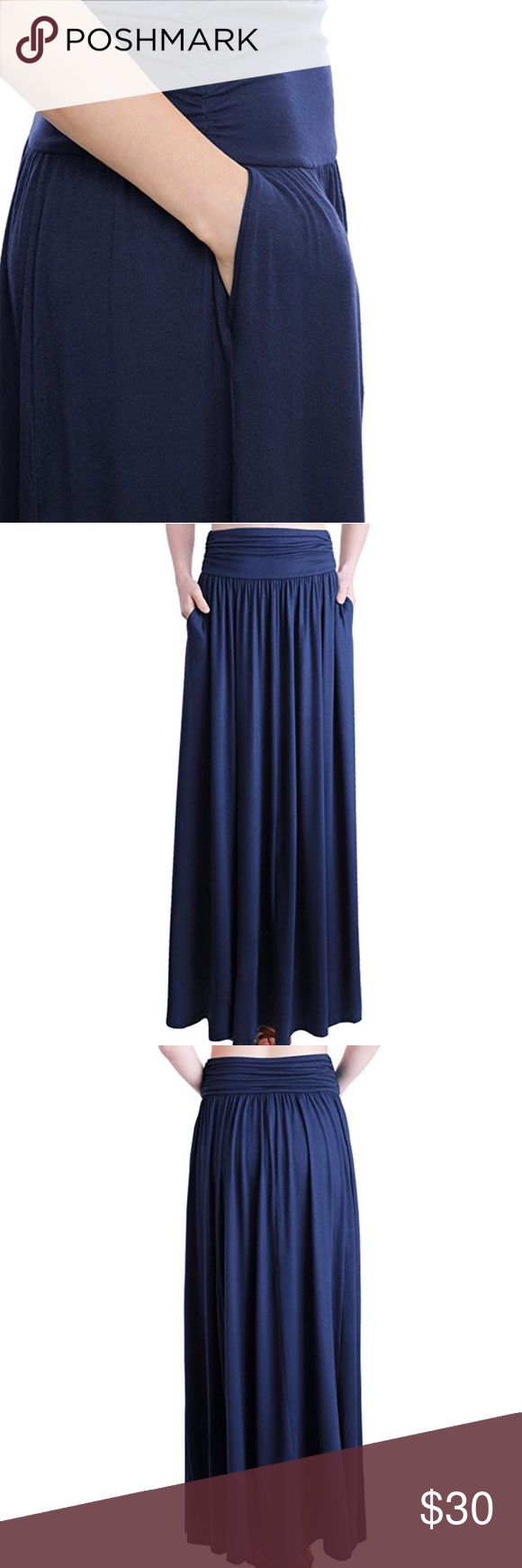 ✖️Navy Maxi ✖️ A great flowy maxi, in navy blue. Looks so cute with a fitted top. Sooo lovelyyy 💋(NWOT) Skirts Maxi