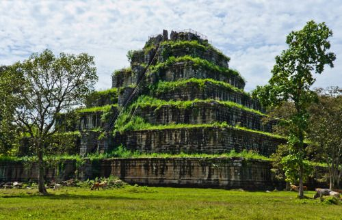 Prasat Thom pyramid temple at Koh Ker in Cambodia. (Guillén Pérez)