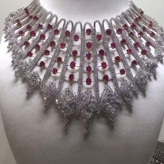 FANTASTIC!!! Natural Mogok #Burmese #Ruby and #Diamond Collier ✨ ✨ by @palmaresjewelleryltd