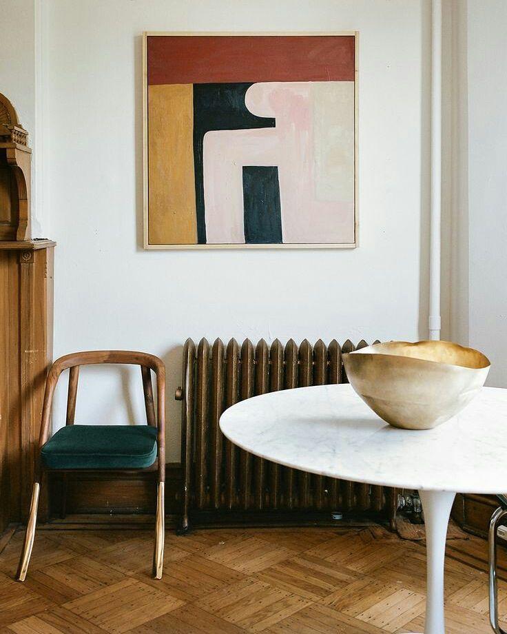Cada vez me gustan más estos espacios con pocas pero buenas piezas. by etxekodeco