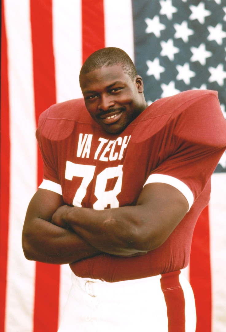 Bruce Smith was a football player I tried to be like when I use to play defensive line in high school and college. I hate that he never got that Super Bowl ring though. He was a tremendous football player.