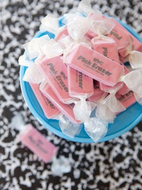 Une Pink EraserBack To Schools, Teachers Gift, Schools Parties, Schools Ideas, School Parties, Gift Ideas, Cute Ideas, Parties Favors, Backtoschool