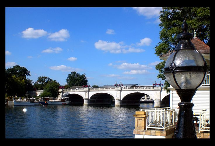 Kingston Bridge - used to love walking along this stretch of the Thames...
