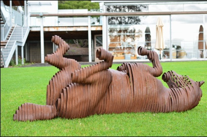 Joanna Rhodes sculpture 'The Roll'