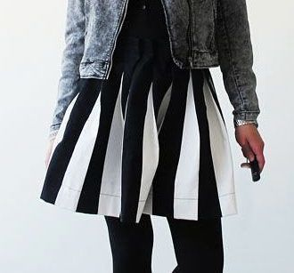 Kostenlose Nähanleitung: Voluminösen Faltenrock mit Schwung nähen / diy sewing tutoria: sew your own pleated skirt via DaWanda.com