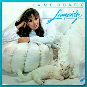 Il faudra un jour que que formalise sur le papier ma théorie selon laquelle les années 80 furent catastrophiques pour la MPB à quelques exceptions près. J'avais bien aimé Jane Duboc présente sur le Depois Do Fim (1983) de Bacamarte (Rock Progressif)....