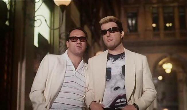 """Christian De Sica con Carlo Verdone in """"Borotalco"""" (1982)"""