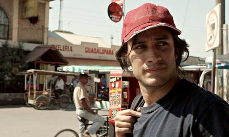 """⊙ """"Who is Dayani Cristal?"""" Gael García Bernal traces the tragic journey of one migrant to the US"""