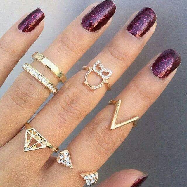 Trend , knuckle rings....