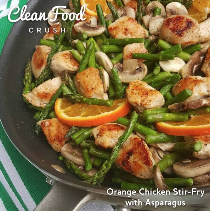 Clean Eating Orange Chicken Stir-Fry with Asparagus Recipe http://cleanfoodcrush.com/orange-chicken-stir-fry http://cleanfoodcrush.com/orange-chicken-stir-fry/
