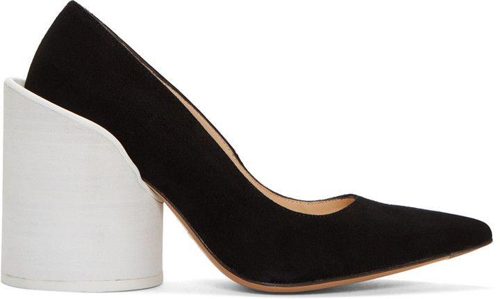 Jacquemus Black 'Les Chaussures Saintes' Heels
