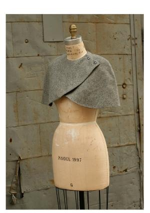 simple shoulder wrap - I like this idea