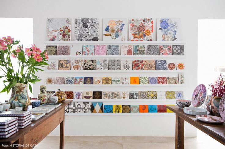 Conheça o mundo mágico da artista Calu Fontes através de seu trabalho vivo e colorido.