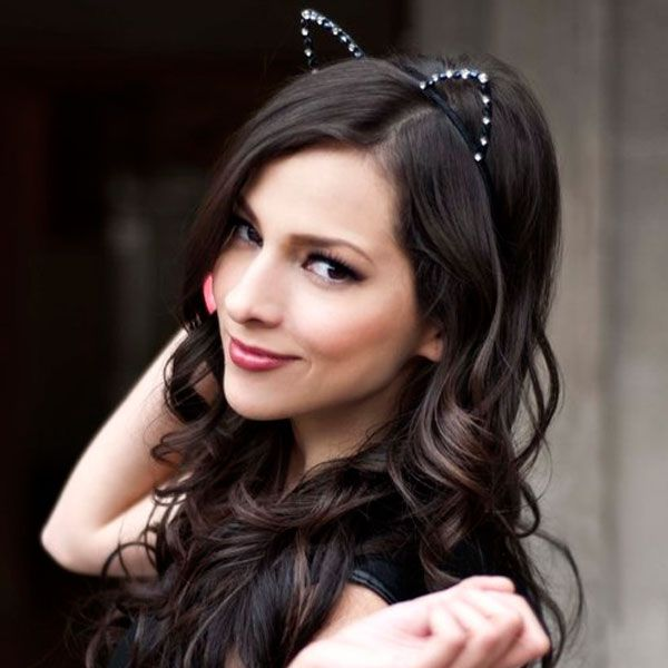 Diademas con Orejas de Gato, la Nueva Moda !! ♥  #accesoriosdemoda #ariana #diadema #diademaconperlas #diademadegato #diademademoda #Diademametálica #diademametalizada #diademasdeanimales #disfacesdehalloween #disfrazdegato #fiesta #gato #grande #moda2015 #modadeverano #modajaponesa #modakawaii #negra #orejas #orejasdeanimales #paty #peinados #peinadosparafiesta #perla #rosa #swift #taylor