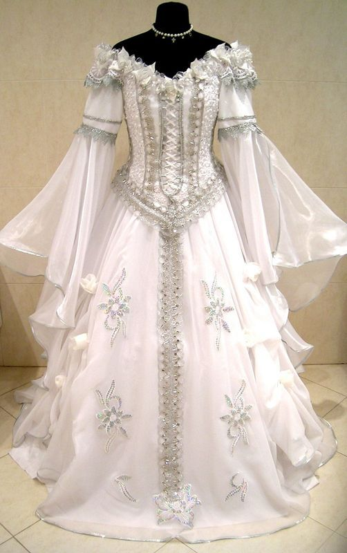 [Front] SILVER MEDIEVAL WEDDING DRESS VICTORIAN GOTHIC LARP COSTUME
