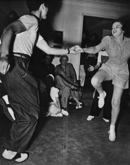 Judy Garland - Swing Dance. @Christina Childress Bridges it really does look like you.
