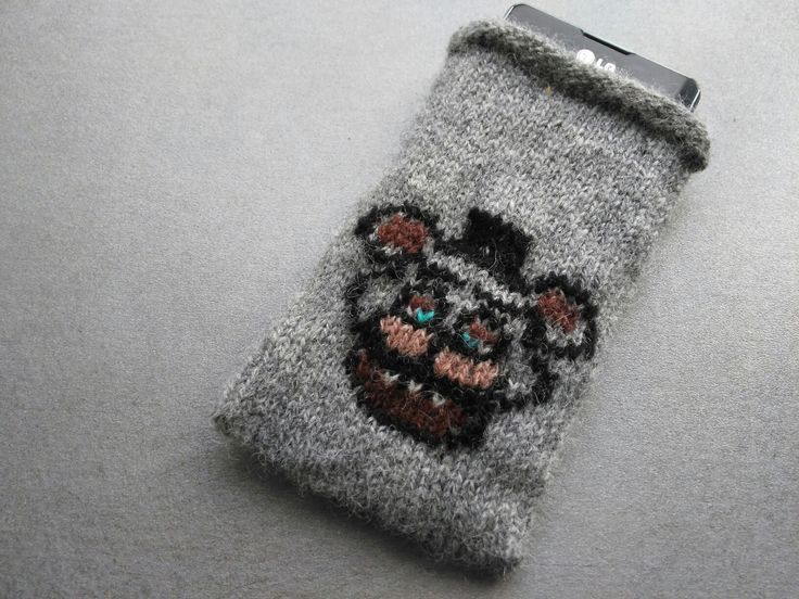 Fnaf Freddy mobile pouch knitted