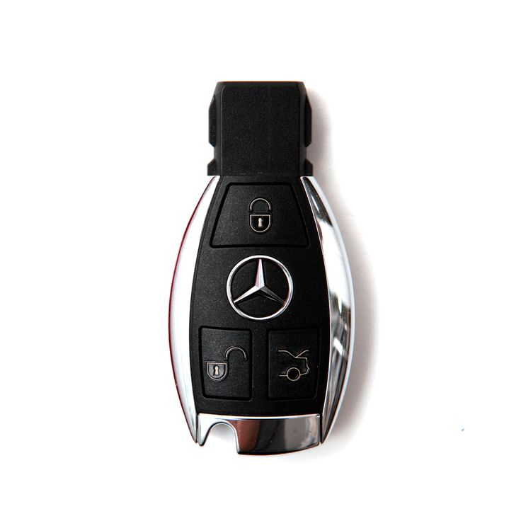 Mercedes Benz Buttero leather keycase from Custom Republic. We use Buttero leather from the Walpier Tannery in Italy. The leather is smooth and soft on the surface. The look and the colors deepen as it ages with time.