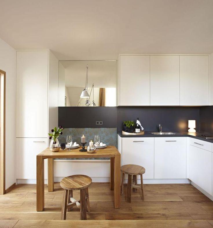 Massgefertigte Küche mit integrierter Sitzbank Sitzbank - küchen in holzoptik