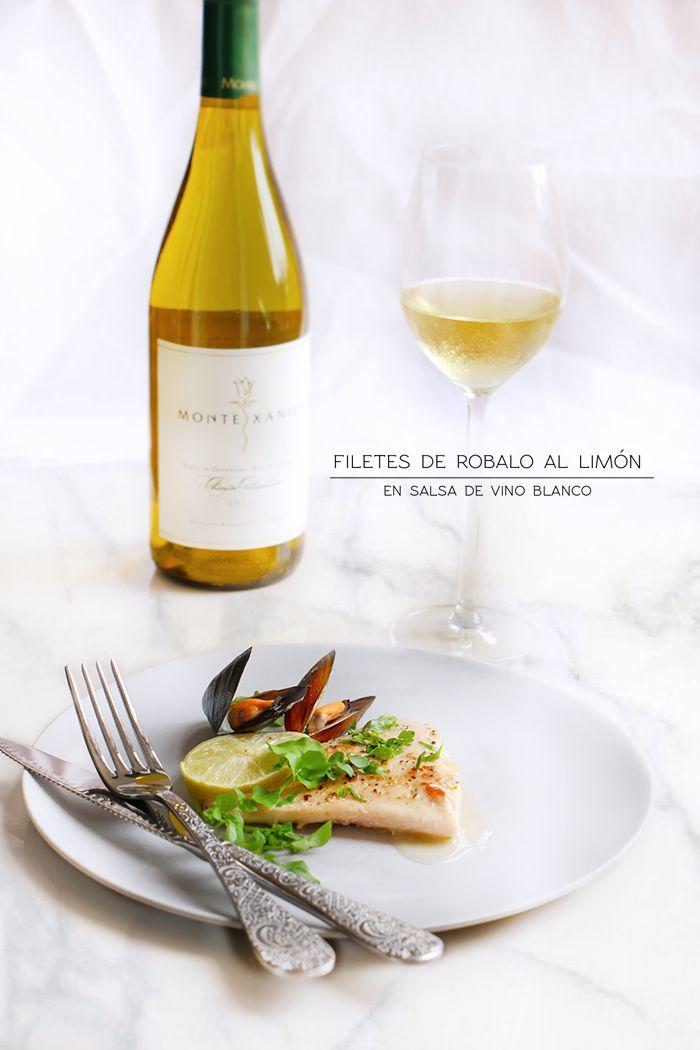 Filetes de robalo al limón en salsa de vino blanco, con mejillones una combinación deliciosa y fácil de hacer, lista en menos de 30 minutos.