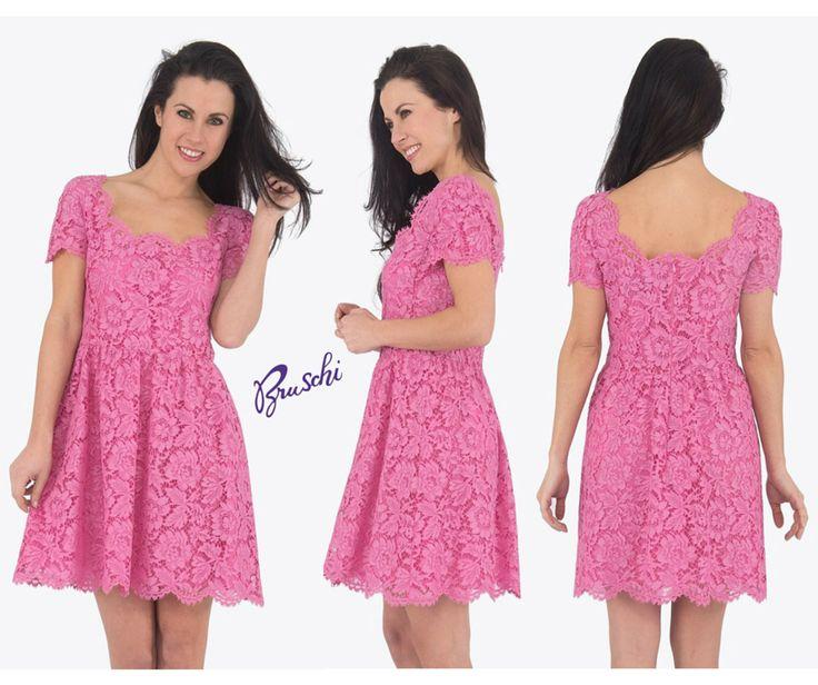Pronta per l'#estate? Colora il tuo stile con questo #abito in #pizzo dal colore #rosa bubblegum, esplosivo e #romantico, all'altezza di una vera e propria principessa moderna.