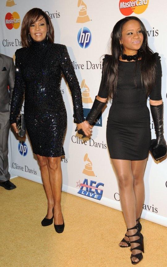 Whitney Houston and her daughter Bobbi Kristina. RIP Whitney~
