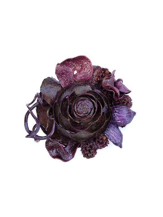 Spilla naturale per matrimonio, clip boho, gioielli floreali, regalo di pensionamento, gioiello scultura con pigna e fiori secchi - Circe