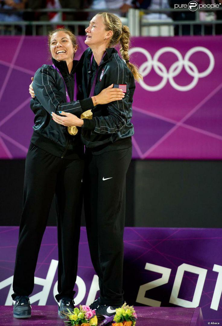 Misty May-Treanor et son amie et partenaire de longue date Kerri Walsh-Jennings ont décroché le 8 août 2012 aux JO de Londres une troisième médaille d'or consécutive dans le tournoi olympique de beach-volley.
