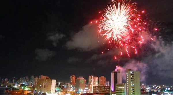 Encendidas las Luces en Maracaibo: El Titilar Nocturno de Bella Vista Comienza la Navidad en Venezuela (vídeo) | Diario de Venezuela