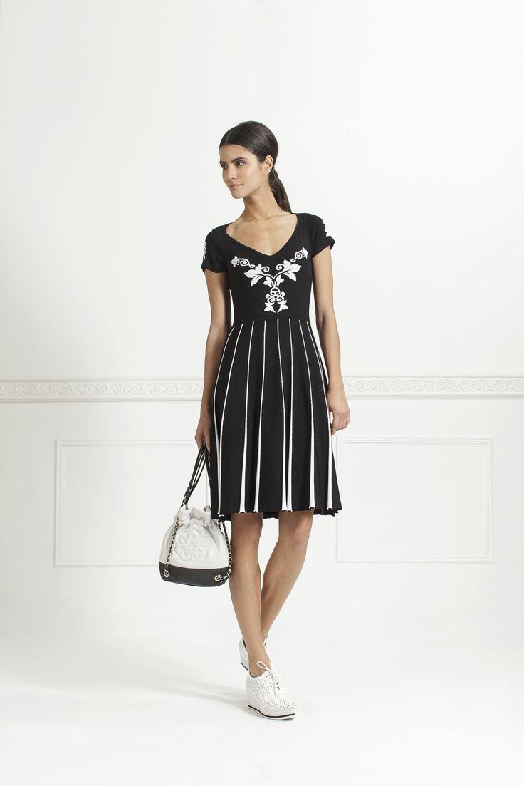 126 best The classic black dress images on Pinterest   Little ...