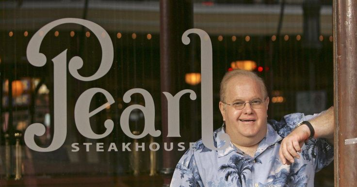 Disgraced boy band producer Lou Pearlman died Friday while serving 25 years in prison for orchestrating a $300 million Ponzi scheme.