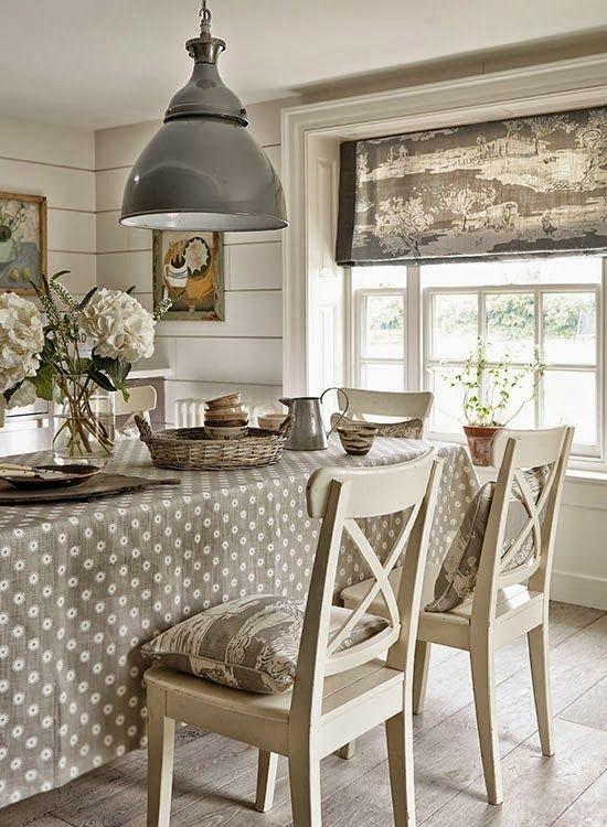 Comedores Rusticos  /  Rustic  Dining Rooms