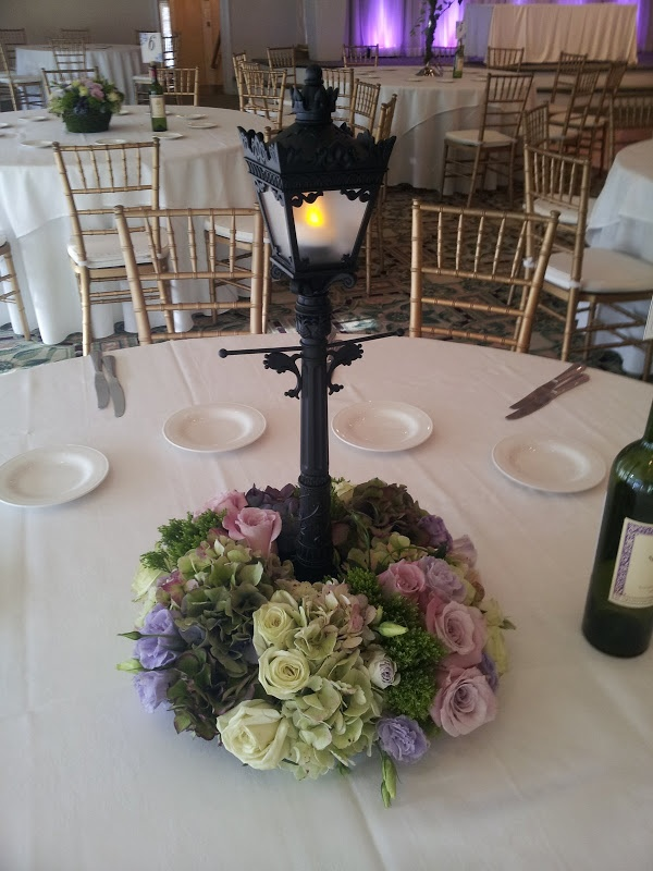 Charlotte Design: Weddings - Reception flowers