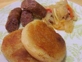 Milcaos!!que sera eso ?Es una comida tipica de la isla grande Chiloe, queda a 1200 km al sur de Santiago     Esta es una isla magica...