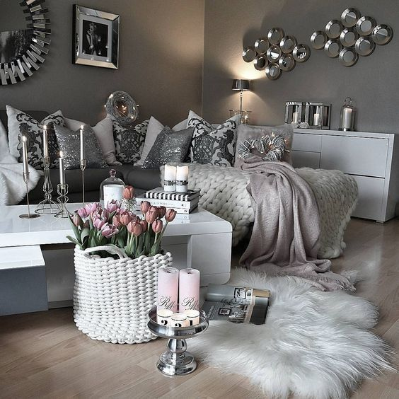 Grey Room Decor