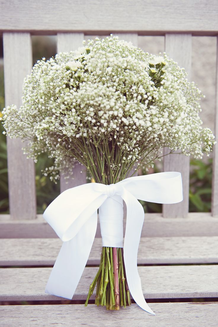 Babies breath bouquet with white asters: Lace Ribbons, Bridesmaids Bouquets, Bouquets Ties, Girls Bouquets, Bows, Peaches Bouquets, White Ribbons, Bridesmaid Bouquets, Baby Breath Bouquets