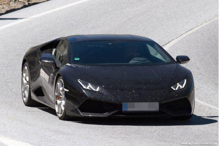 2017 Lamborghini Huracán Superleggera spy shots front
