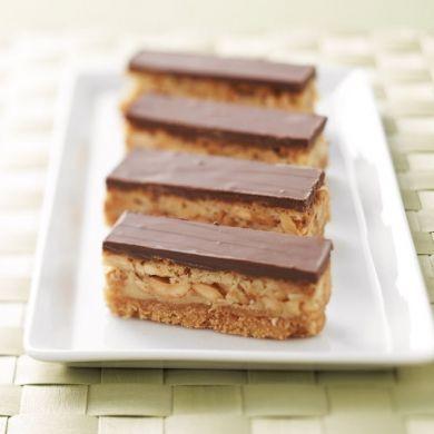 Easy Caramel Peanut Slice  #Recipe #WesternStar #myfoodbook