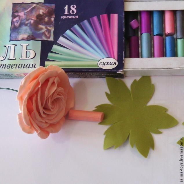 Венок: розы из фоамирана