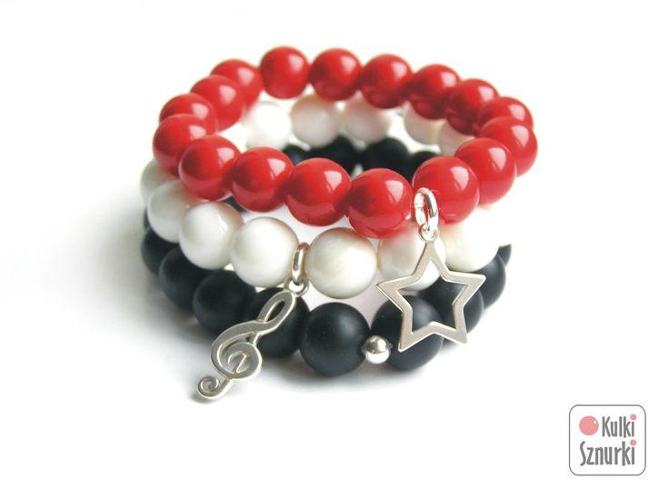 Kulki Sznurki - luksusowa biżuteria handmade z możliwością personalizowania.  www.facebook.com/...  bransoletki z zawieszkami  zestaw na dzień kobiet, na walentynki, na  święta. Pomysły na prezent #jade #seashell #red #white #black #black&white #onyks #onyx #blackstone #kulkisznurki #walentynki #bransoletki #zawieszki #prezenty #bracelets #valentinesday #stretchbracelets #dzienkobiet  #silver #star #gwiazdka #naszczescie #music #kluczwiolinowy