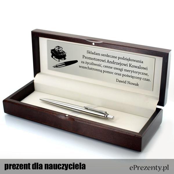 Długopis, którym posługuje się każdy nauczyciel nie może okazać się nie trafionym prezentem! http://bit.ly/1j77Khl