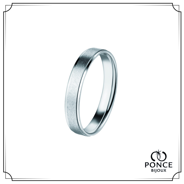 Bijoux Ponce BORDELAISE Alliance homme, Alliance mariage en platine Extérieur mat au centre Trottoirs brillants Bords intérieurs arrondis Largeur 4.0 mm #BijouxPonce #Paris #MadeInFrance #Love #mariage #alliance #platine