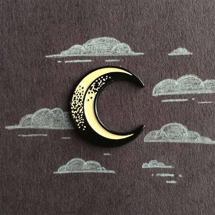 Pale moon pin