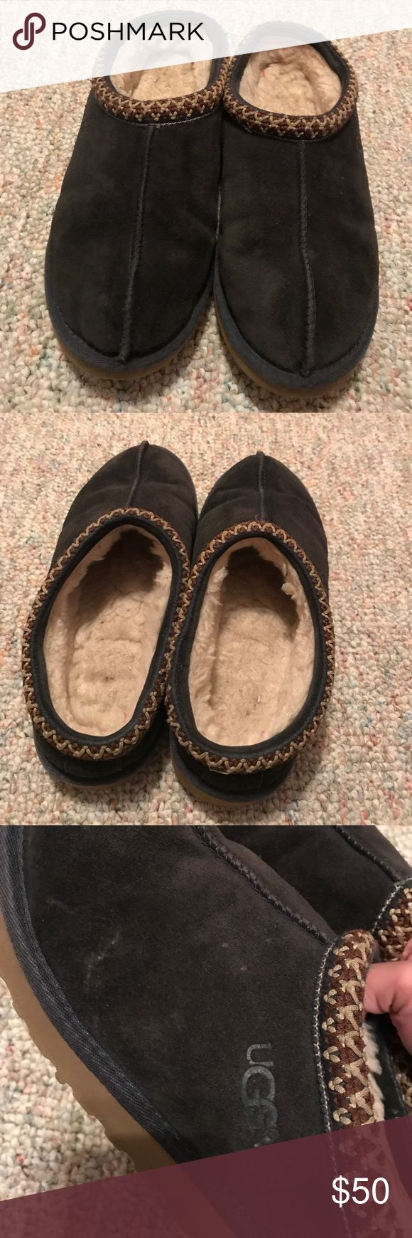 UGG slippers Good condition navy blue UGG slippers. Not positive on the size but I am a size 7 and my foot fits but it is very tight, i'm guessing it's a six UGG Shoes Slippers