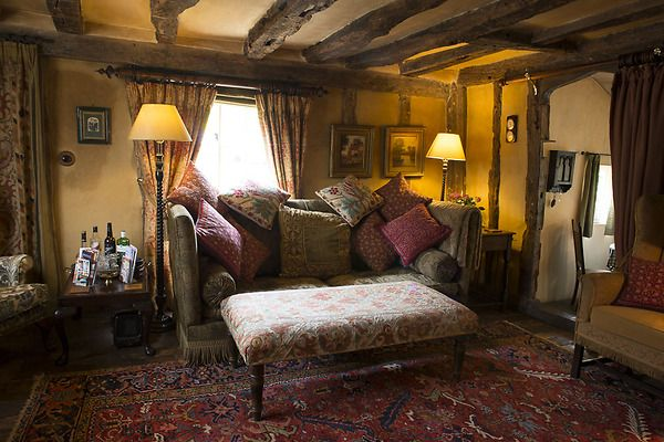 Country Cottage Timbered Living Room with Comfy Knowle Sofa