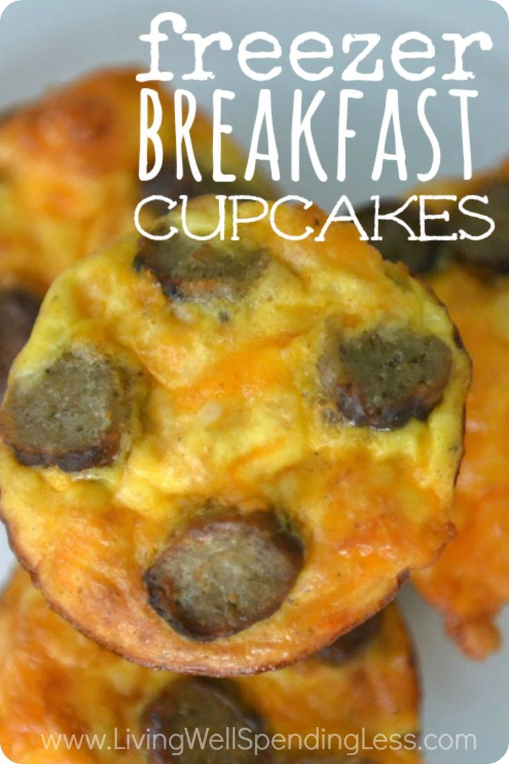 Need an easy breakfast solution for hectic mornings?  These yummy freezer breakfast cupcakes are not only a snap to make, they can be frozen ahead of time for a hot, hearty, and delicious morning treat that is sure to be a hit!