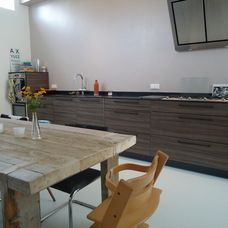 rustic kitchen by Saus Design