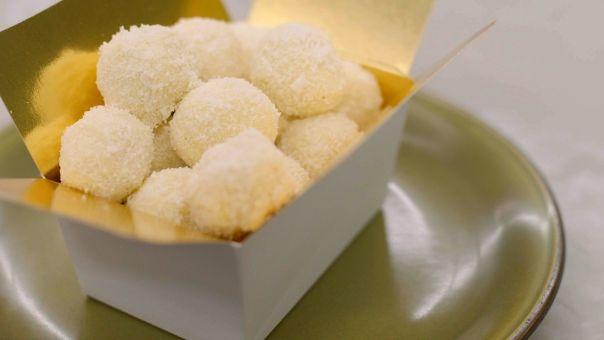 Dagelijkse kost - witte chocoladetruffels met limoen en kokos | jeroen meus